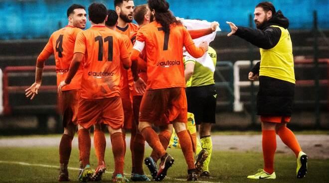 Esultanza Campobasso Calcio a Fiuggi