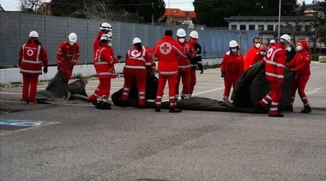 volontari croce rossa campomarino screening