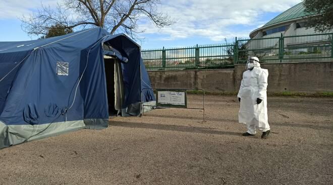 tenda protezione civile volontari cvp campomarino