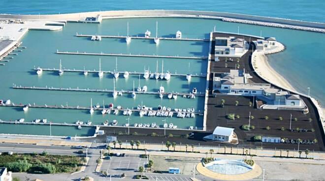 porto turistico montenero