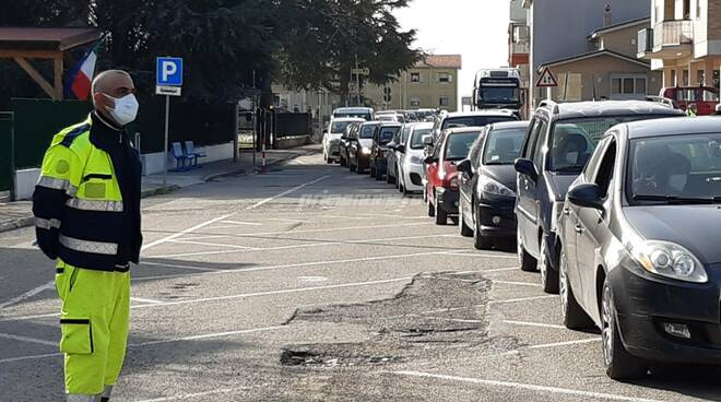 Screening tamponi rapidi antigenici covid petacciato protezione civile drive through