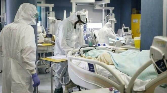Terapie Intensive terapia intensiva rianimazione intubati