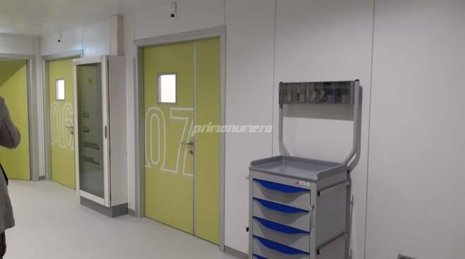 Consegna moduli terapia intensiva ospedale Cardarelli