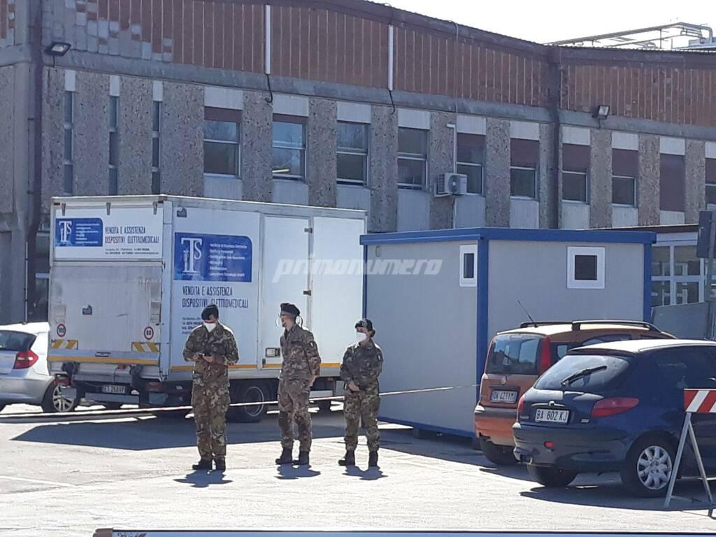 Ospedale Cardarelli medici militari