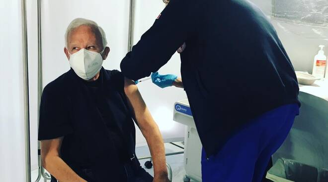 anziano vaccini croce rossa ospedale campo termoli