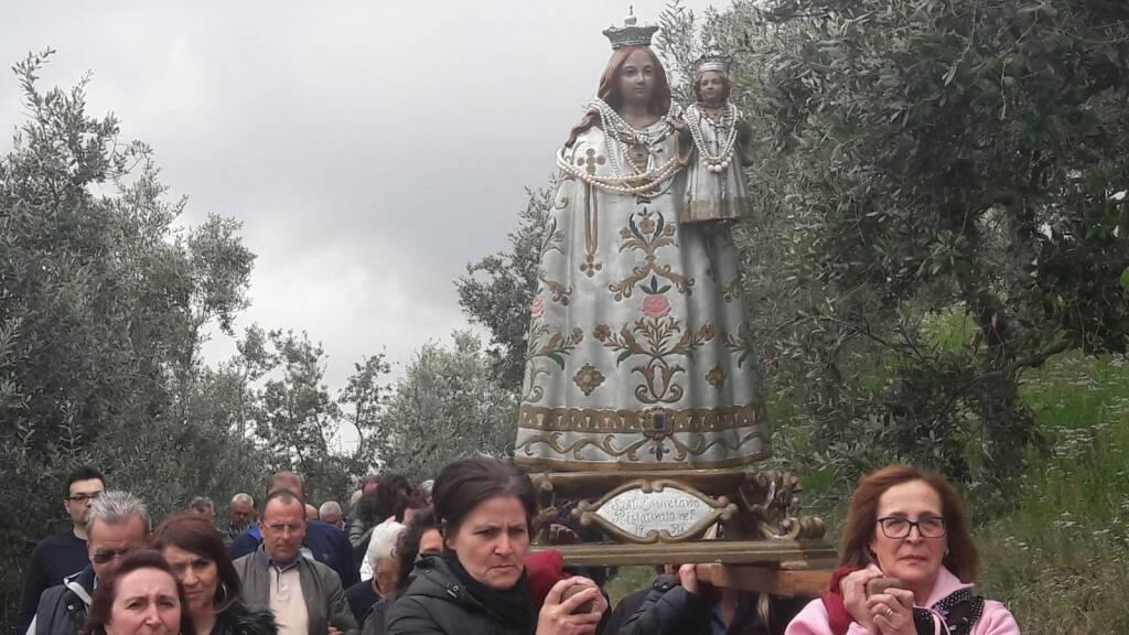 colletorto processione lauretum lunedì in albis