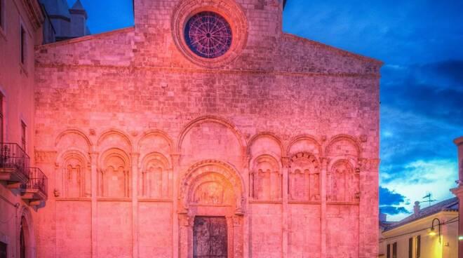Cattedrale di Termoli rosa Giro d'Italia