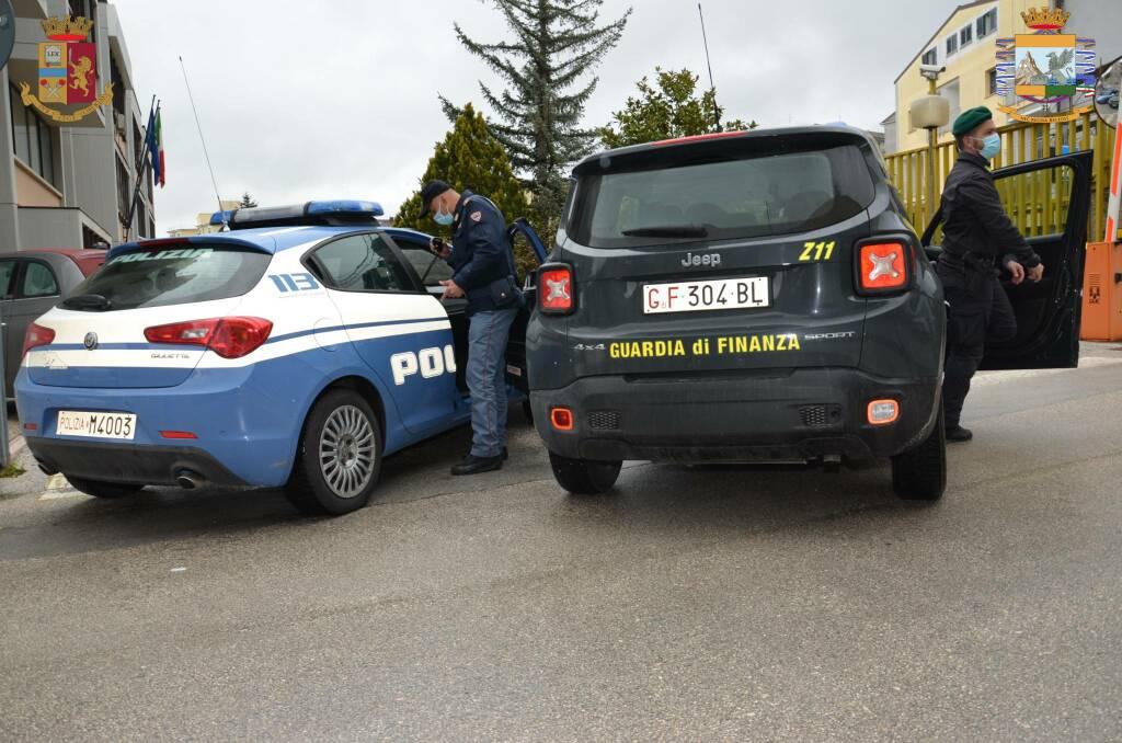 Guardia di Finanza Polizia Campobasso arresto furto auto via XXIV Maggio