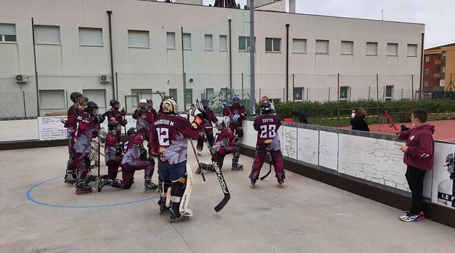 hockey in line