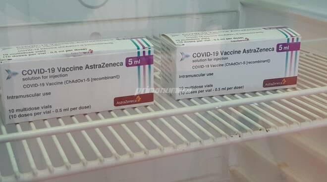 Vaccini palarino Astrazeneca