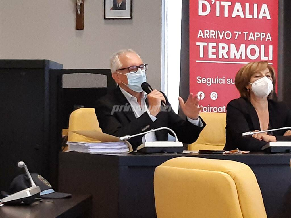 Conferenza giro d'Italia Termoli