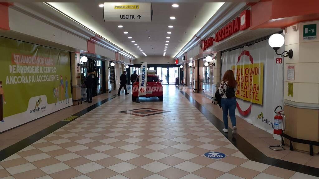 Serrata protesta Centro del Molise centro commerciale