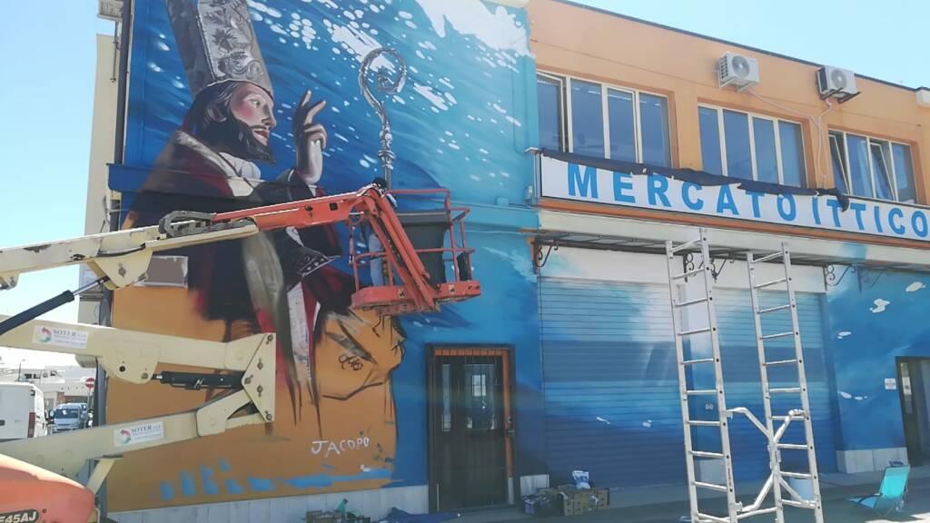 murale san basso gente mare mercato ittico
