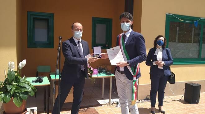 Gravina premiato da Micone Concorso 'Il mio eroe sei tu'