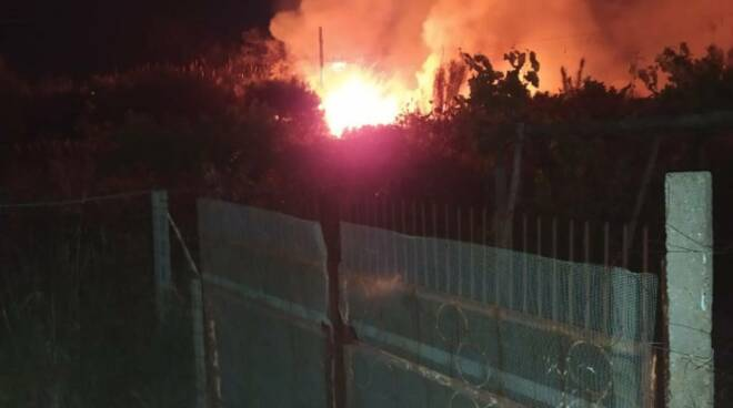 incendio ferrovia campomarino