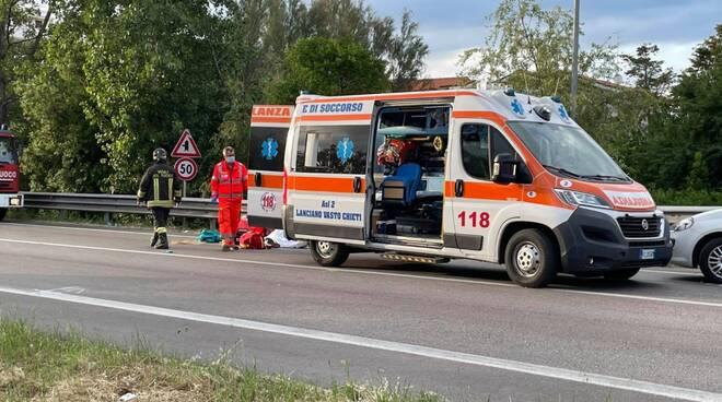 incidente mortale statale 16 ciclista