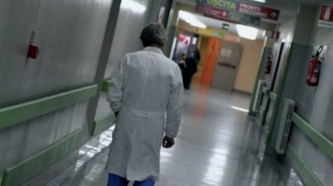 Covid medici ospedale corsia