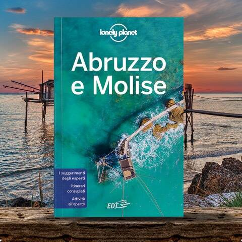 Lonely planet guida Molise turismo (foto verticale)