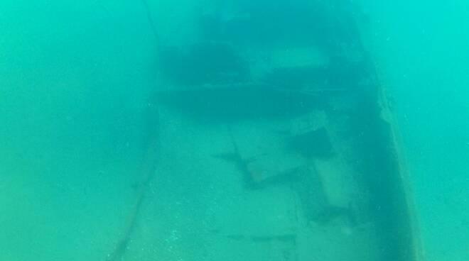 relitto anfibio dukw Reperto sott'acqua di un veicolo militare