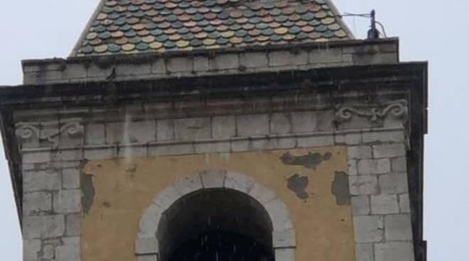 campanile san giovanni  in galdo fulmine