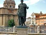 statua giulio cesare roma
