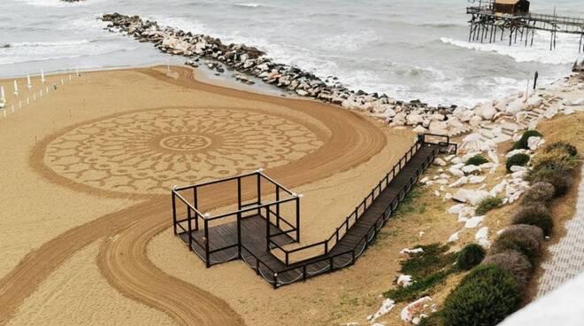 mandala spiaggia land art agostino senese