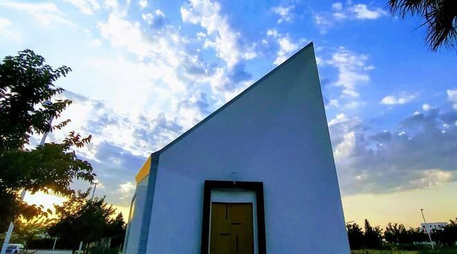 chiesa mater misericordiae marina montenero costa verde