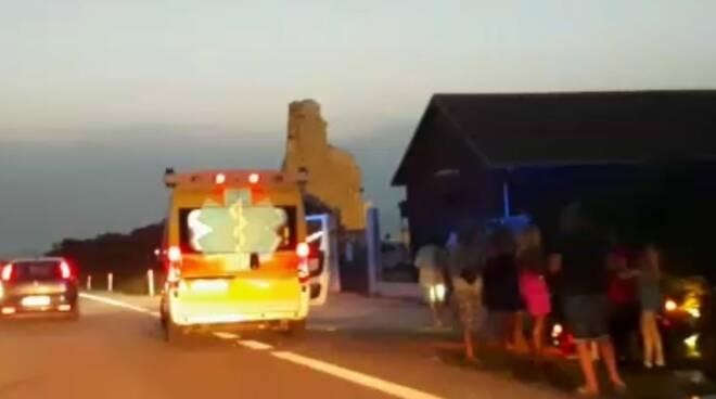 ss 16 torretta petacciato ambulanza incidente