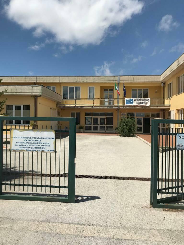 Scuola Casacalenda Licei