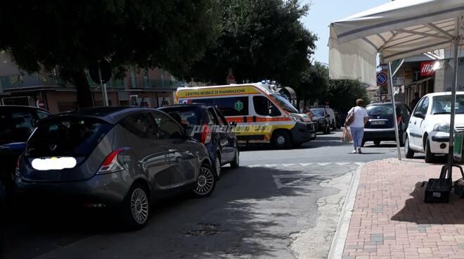 Ambulanza Campobasso 118 via XXIV maggio