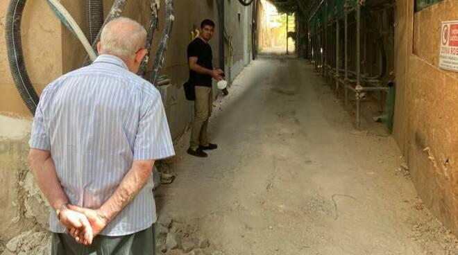 anziano cantiere lavori