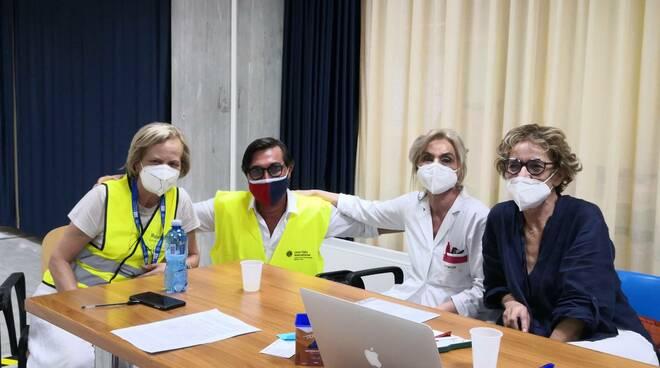 dottoressa Sallustio, Licianci, direttore sanitario Asrem Gollo ,Maggiani open day vaccini Cardarelli Campobasso Lions club