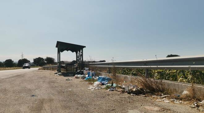 Piazzola rifiuti Provinciale 113