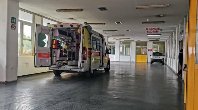 Ambulanza ospedale San Timoteo