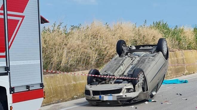 Auto ribaltata mortale Petacciato