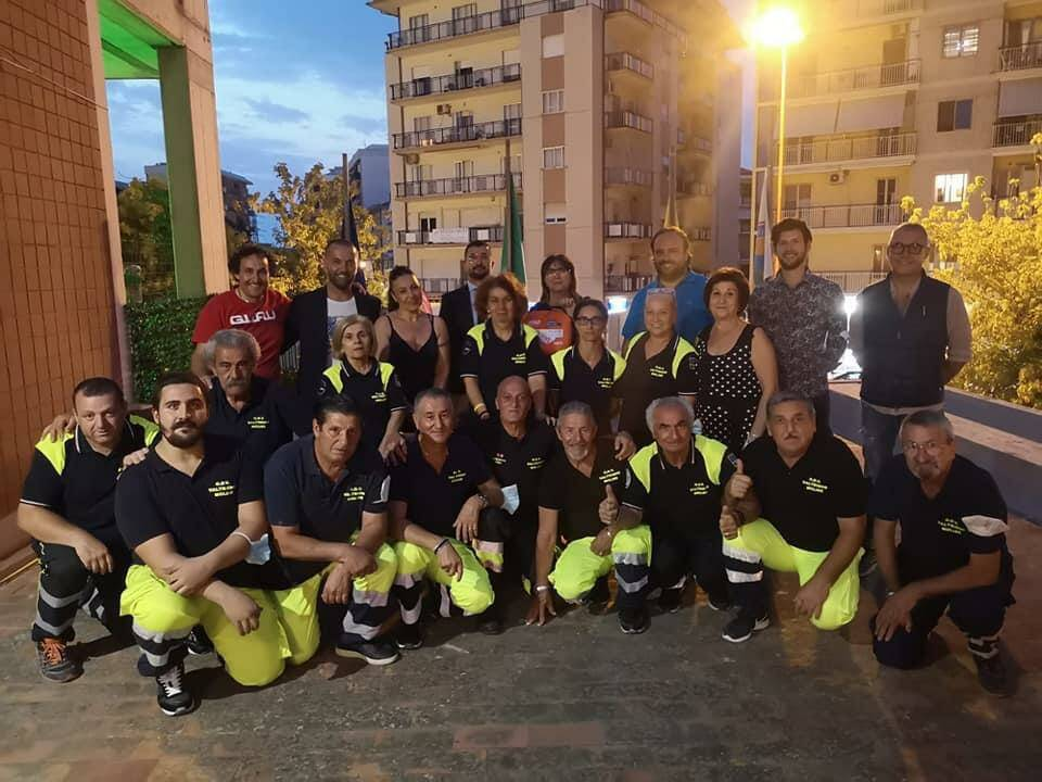 donazione defibrillatore Rotary Rotaract Termoli