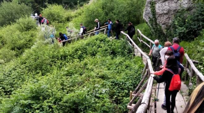 escursioni ponte oasi guardiaregia campochiaro turismo natura