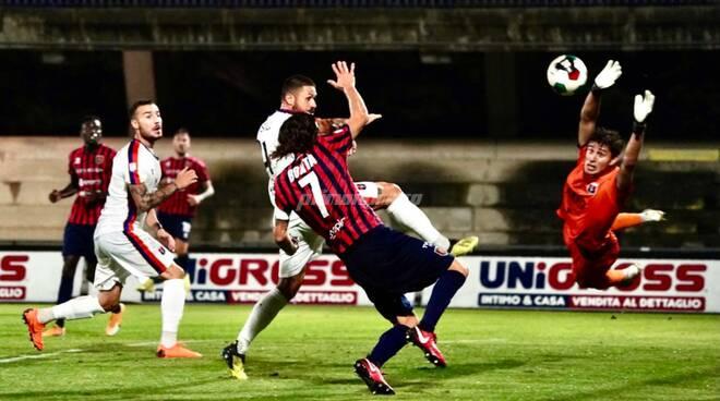 La partita Campobasso-Taranto. Foto di Giuseppe Terrigno