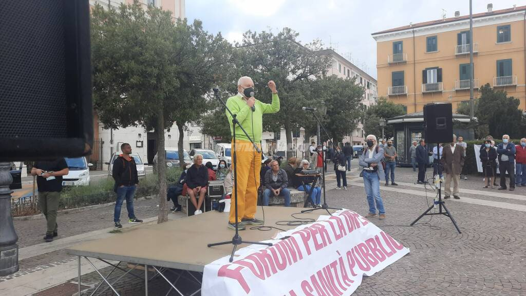 Pino d' Erminio Manifestazione forum sanità pubblica