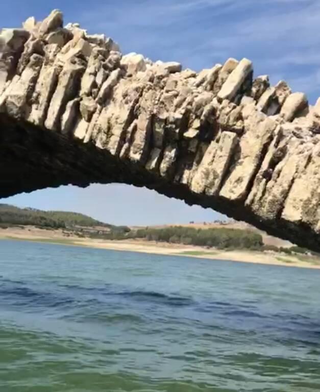 Ponte di annibale lago Guardialfiera