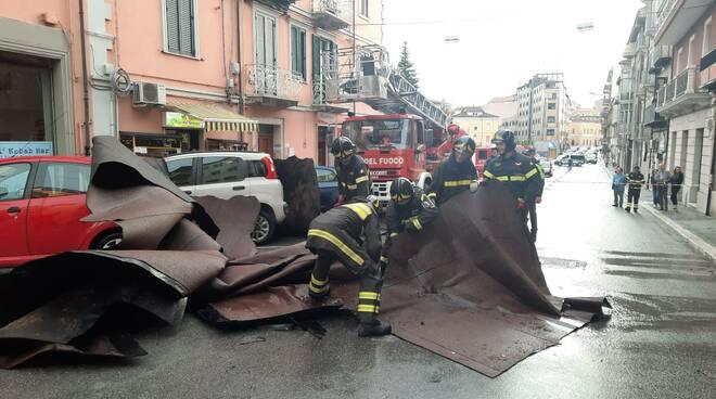 Tetto smantellato via Mazzini cb