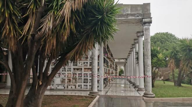 Cimitero termoli marmo pezzi transenne